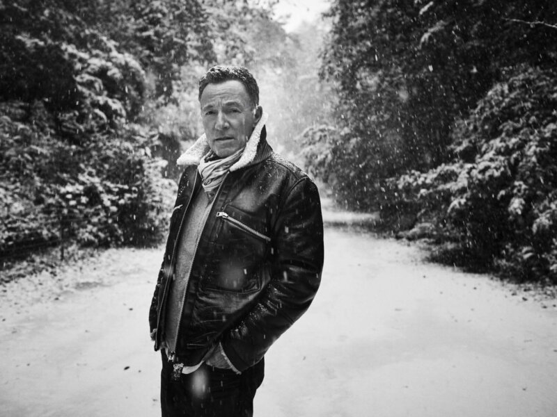 "Bruce Springsteen – ""Ghosts"" (Single + Lyric Video)"