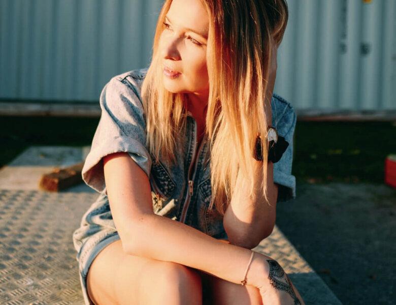 "Julia Kautz – ""Leonie"" (Single + offizielles Video)"