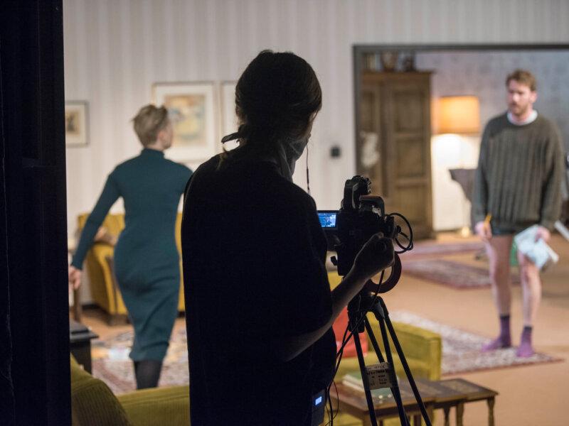 """Bravourös, spannend, atemberaubend – """"Tödliche Entscheidung"""" im Digitalen Theater Osnabrück"""