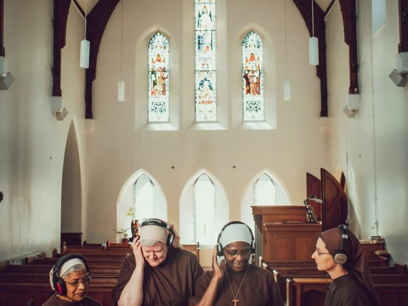 """Poor Clares Of Arundel – """"Light For The World"""" (Album Review)"""