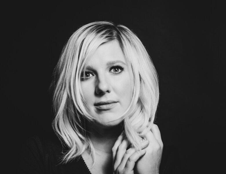 """Claudia Koreck – """"Perlentaucherin"""" (Album Review)"""