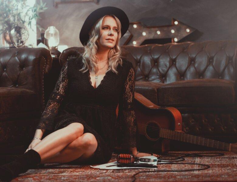 "Jini Meyer – ""Ich Fühl Für Dich"" (Single + offizielles Video)"
